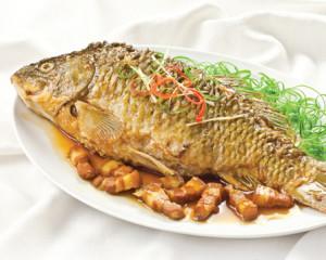 Cá chép kho tương bần đậm đà ngon cơm